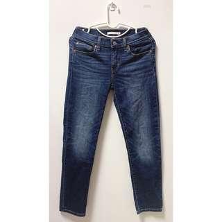 🚚 Levi's 牛仔褲 M
