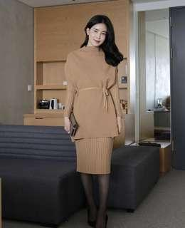 Dress knit with outer