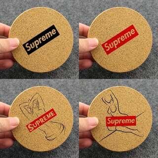 $90@3 Supreme logo 日系美女潮牌軟木木制杯墊 coaster