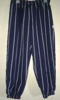 Celana baru