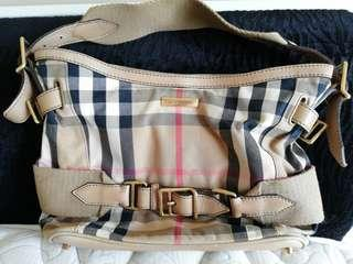 Burberry Bag conditions as NEW