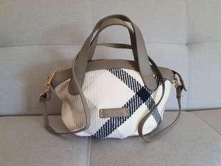 953c8ad7c8d5 Blue Label Crestbridge Japan small woollen satchel bag