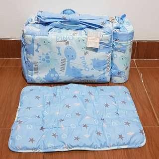 Diaper bag / Tas Susu + Perlak