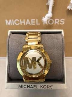 AUTHENTIC AND BRAND NEW MICHAEL KORS WATCH