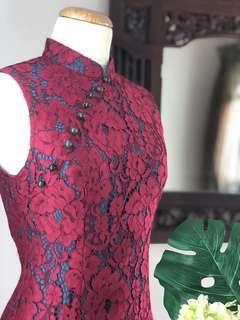 🚚 Cheongsam - Wine Red Lace With Green Undertone Mermaid Hemline Cheongsam