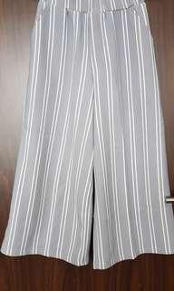 Kulot stripes grey