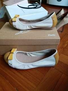 COLE HAAN Flat shoe