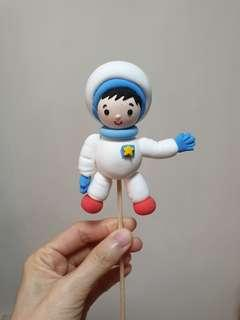 Customise figurine astronaut & rocket made of air dry clay