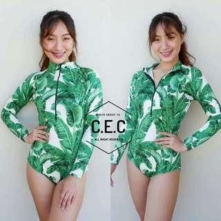 PRODUCT DETAILS🦄 🏖BEA ONEPIECE RASHGUARD  💟Size:Freesize (can fit to small upto semi large) 💟With best printed & colors used 💟Highquality Fabric - thick nylon  💟Perfect Summer ootds