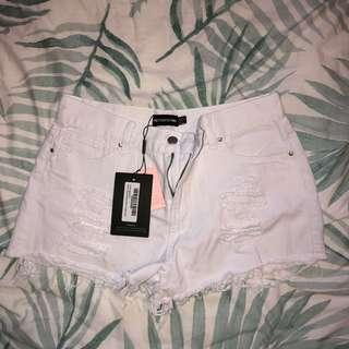 pretty little thing white denim shorts