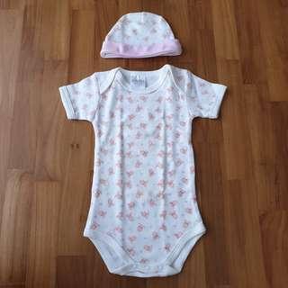 🚚 [0-6 Months Baby] Shears Newborn Baby Infant Romper / Bodysuit / Onesie & Baby Cap