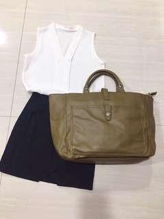 🚚 特價#🇰🇷黑色全新小設計A字短裙(S)