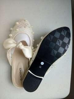 Limited Pearl Shoes