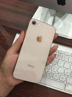 iPhone 8 minus earphone