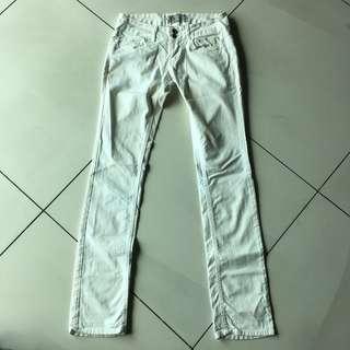 Zara white jeans #ChangeTheCycle
