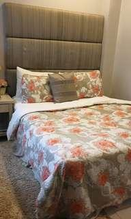 Queen Size set of Bed box and Spring Mattress