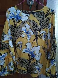 Bloom baloon blouse NYLA
