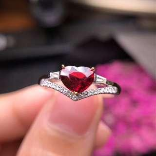 紅寶石戒指