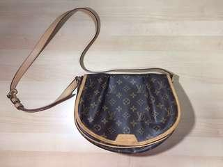 Louis Vuitton Sling Bag (authentic)