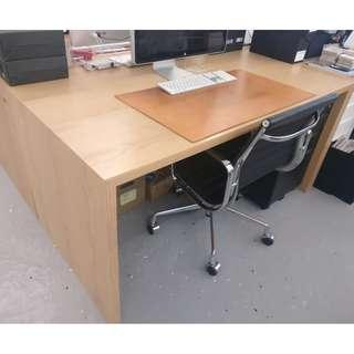 Real wood desk with oak veneer