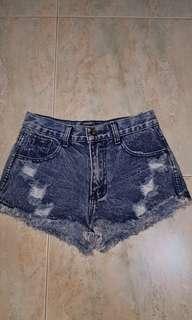 🚚 Girl shorts