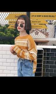 🚚 圖騰短版毛衣