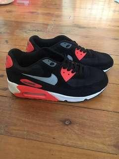 Nike air max pink black grey and speckled pattern
