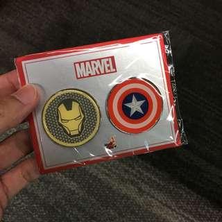 Hot toys iron man captain America Push pin badge brand new