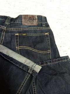 🚚 32腰 Lee Riders 藍刷紋牛仔褲 (190403)