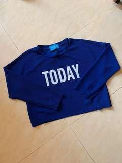 藍色短身衛衣