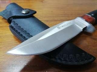 高硬度精鋼戶外求生刀,露營刀,直刀,戰術軍刀。