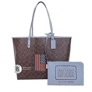 Coach Reversible tote in Signature Canvas with Flag