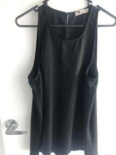 Black top size 12