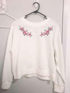White knitted jumper