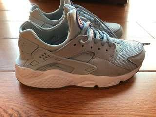 Nike Air Huarache baby blue 藍色