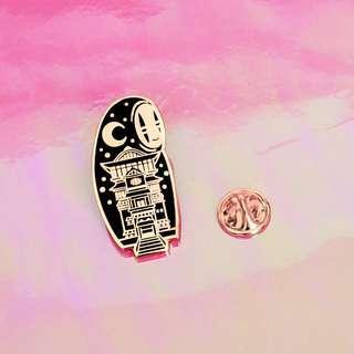 🚚 Moon and Night No Face Enamel Pin