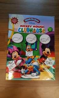 Mickey mouse watch me draw book
