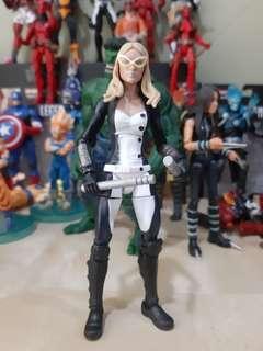 Marvel Legends MOCKINGBIRD - dc ml avengers shield hasbro