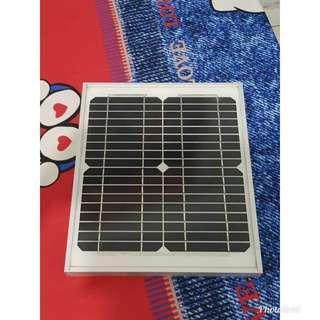 🚚 12v. 10w太陽能板+板夾