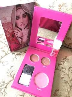 Makeupkit 2in1 By Wawa Zainal