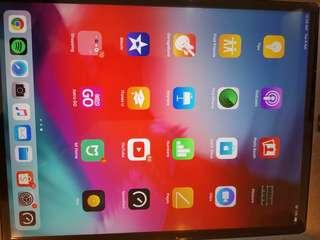 Apple Ipad 6th gen 32gb Grey