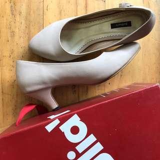 Juliar heels