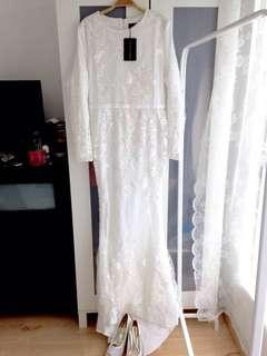 Sewa: White Wedding Dress