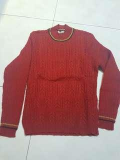 🚚 Red Sweater for S size Women