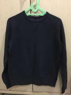 uniqlo navy sweater