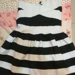 🚚 (含運)黑白相間寬橫條紋繃帶洋裝