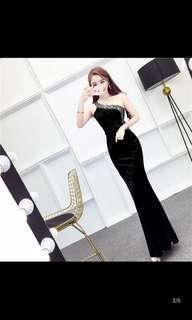 BNWT black gown