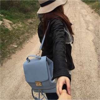 Zara土耳其藍後背包 手提包