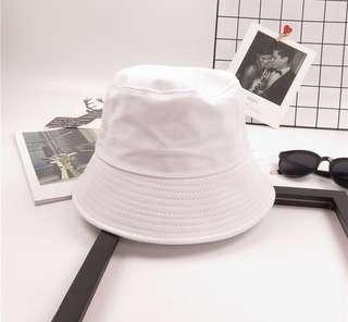 🚚 (Sales) White Bucket Hat