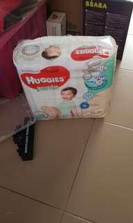 🚚 Huggies Diapers Platinum XXL